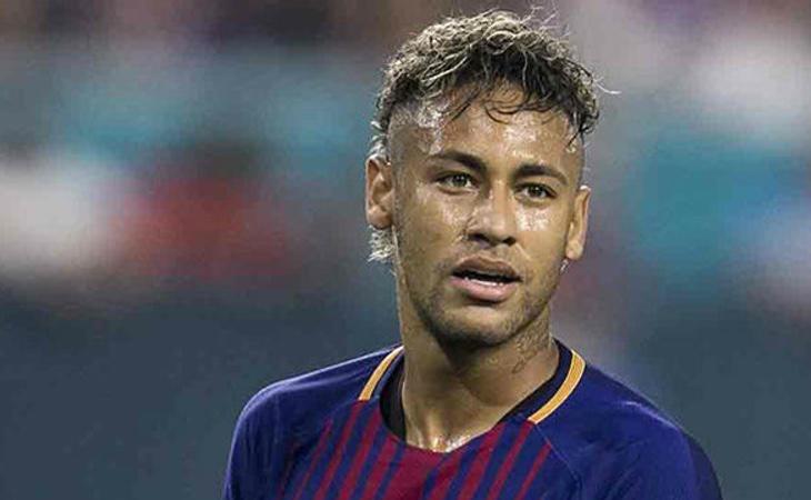 Neymar ha fichado por el PSG con la cifra más alta de la historia del fútbol