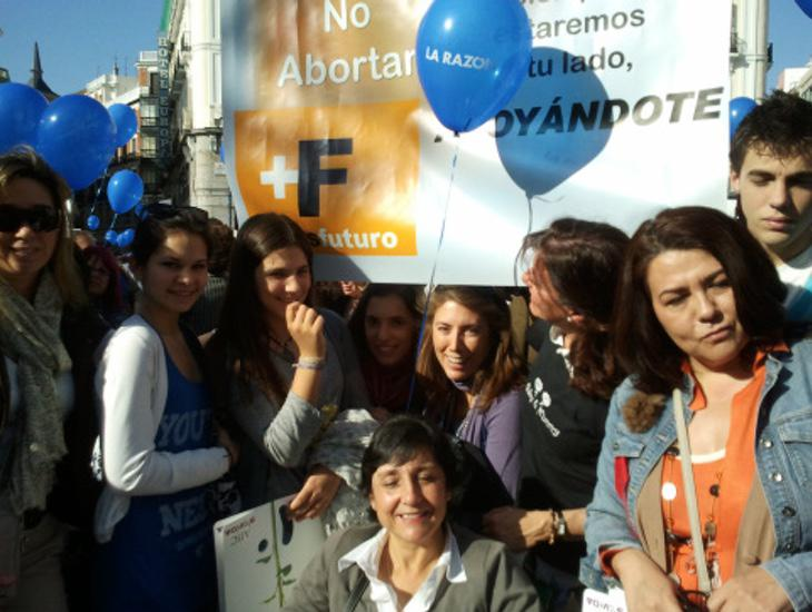 Manifestación en contra del aborto de la asociación Másfuturo