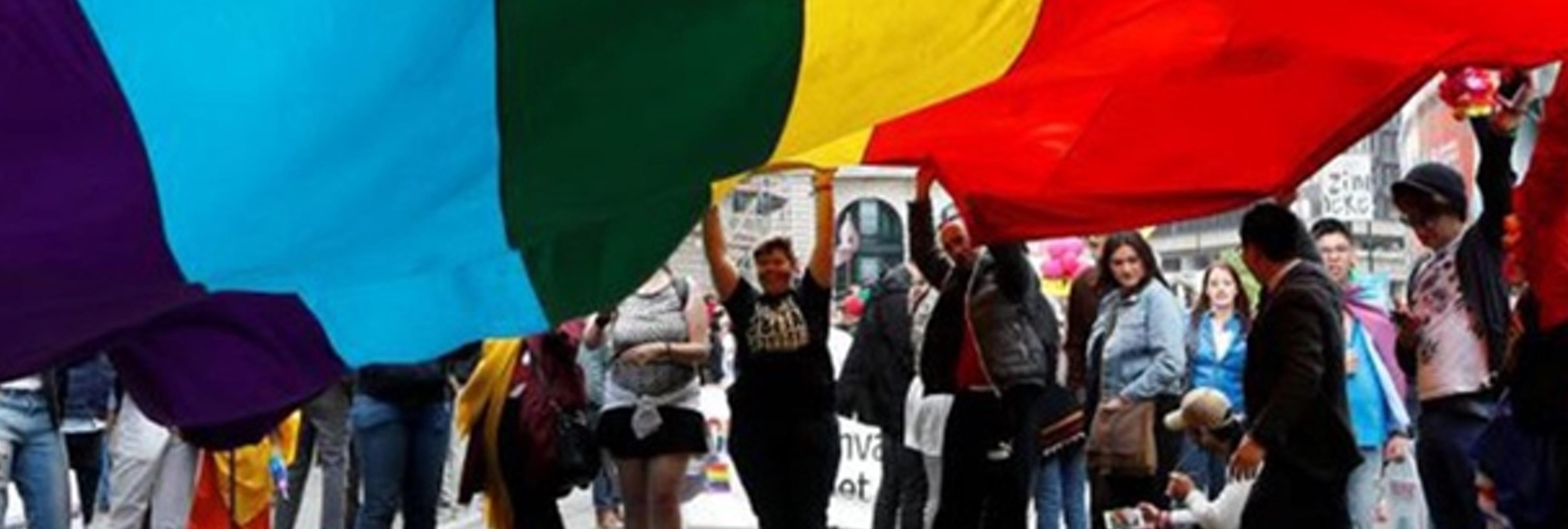 14 homófobos agreden a un grupo de gays en una zona de cruising al grito de 'sidosos'