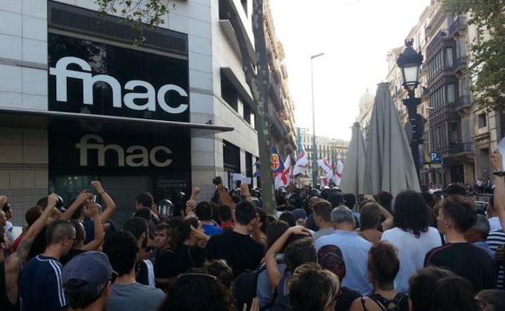 Los vecinos de Barcelona impidieron la comisión de un delito de odio