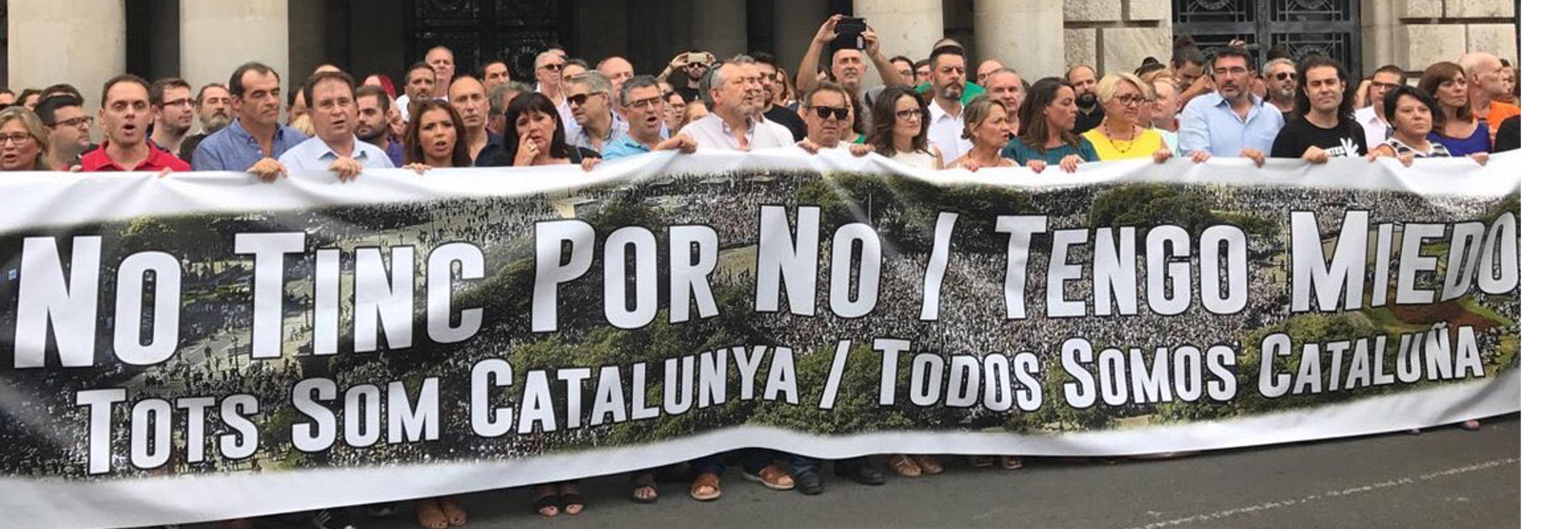 """""""No tengo porno, tengo miedo"""", la pancarta valenciana en contra de los atentados"""