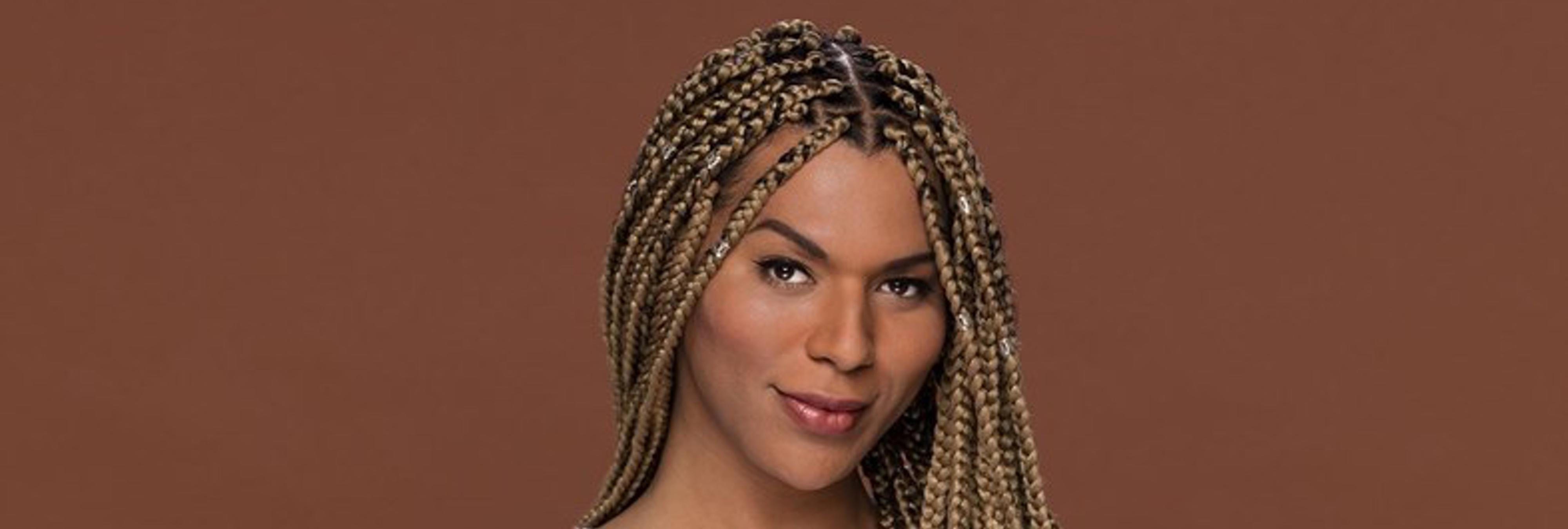 L'Oreal despide a su primera modelo transgénero por unas declaraciones sobre racismo