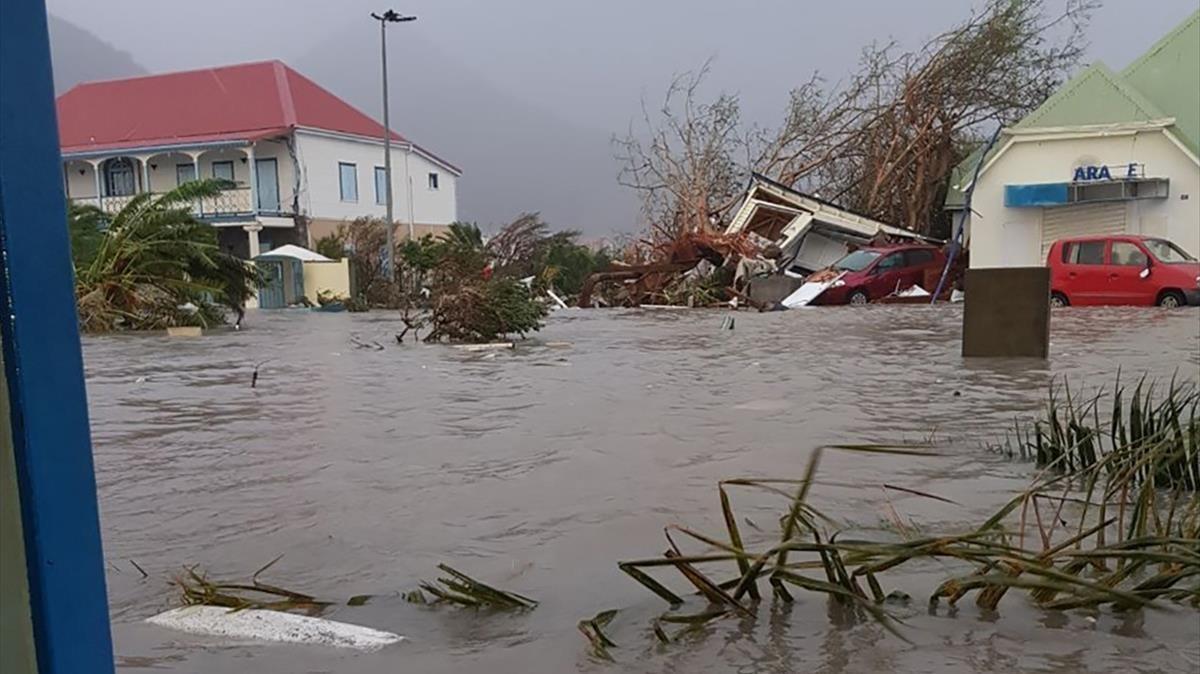 El devastador paso de Irma