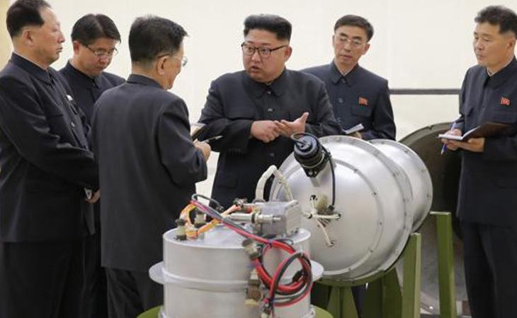 Kim Jong-un revisa el desarrollo de la bomba termonuclear