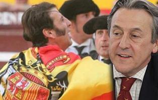 """Hermann Terstch sale en defensa de Padilla: """"La bandera del Águila trajo la democracia"""""""