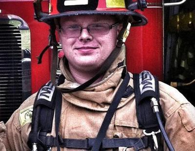"Suspendido un bombero por decir que prefiere ""salvar a un perro a un millón de negros"""
