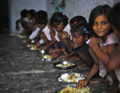 El hambre aumenta: el mundo no podrá alimentarse en 2027