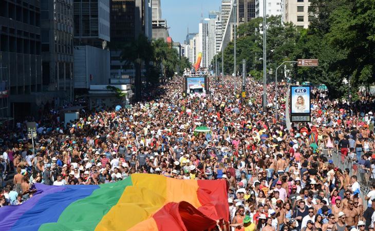 Manifestantes a favor de los derechos LGTBI