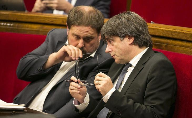 Junqueras y Puigdemont están acatando gran parte de las órdenes del Gobierno central para evitar problemas legales