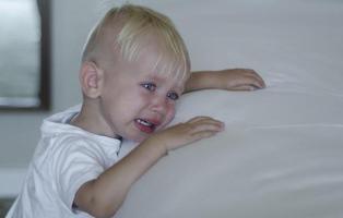 Una maestra introduce a un niño de 3 años en una papelera y la Justicia no aprecia delito