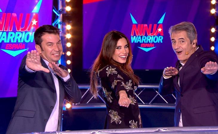 Arturo Valls, Pilar Rubio y Manolo Lama, conductores de 'Ninja Warrior'