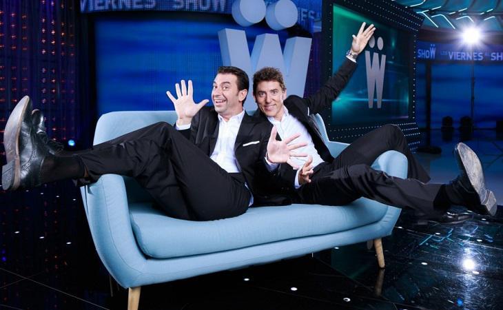 Arturo Valls y Manel Fuentes en una imagen promocional de 'Los viernes al show'