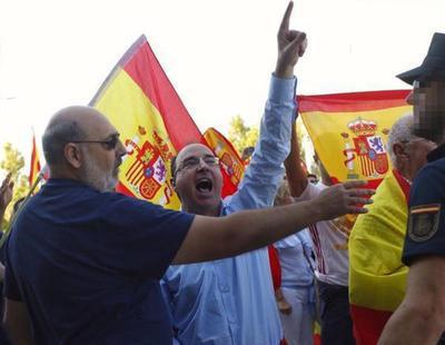 Herida de un botellazo en la cabeza: Así boicotea la ultraderecha la asamblea de Podemos