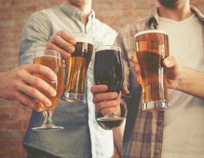 Una empresa te pagará un maravilloso sueldo por catar multitud de cervezas