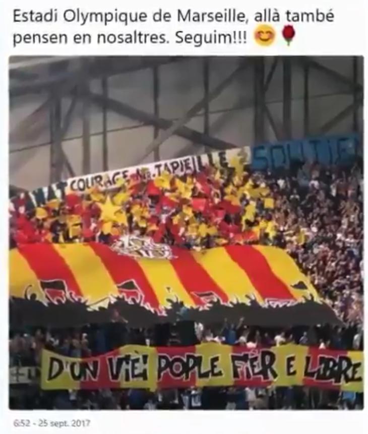 Estadio Olímpico de Marsella ondeando la bandera de Provenza
