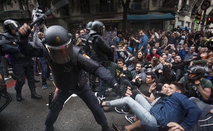 La comunidad internacional, asombrada ante las imágenes de violencia