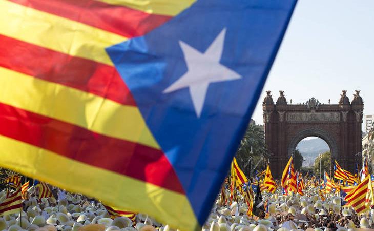 Manifestación en el emblemático Arc de Triomf de Barcelona