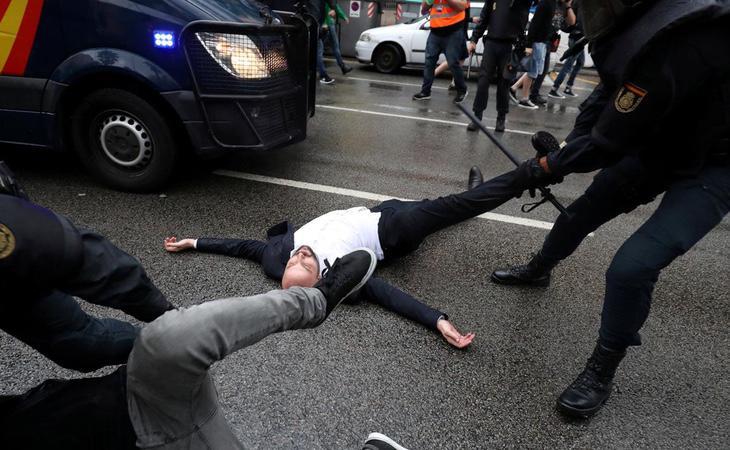 La represión policial del 1-O no fue condenada por el Jefe de Estado de España