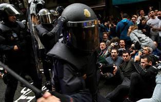 Observadores internacionales denuncian la violación de DDHH en la represión del 1-O