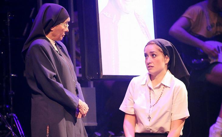Alicia Orozco y Erika Bleda en 'La llamada'
