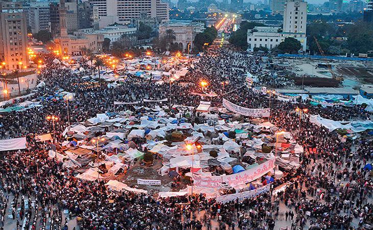 Manifestantes protestando durante la Primavera Árabe