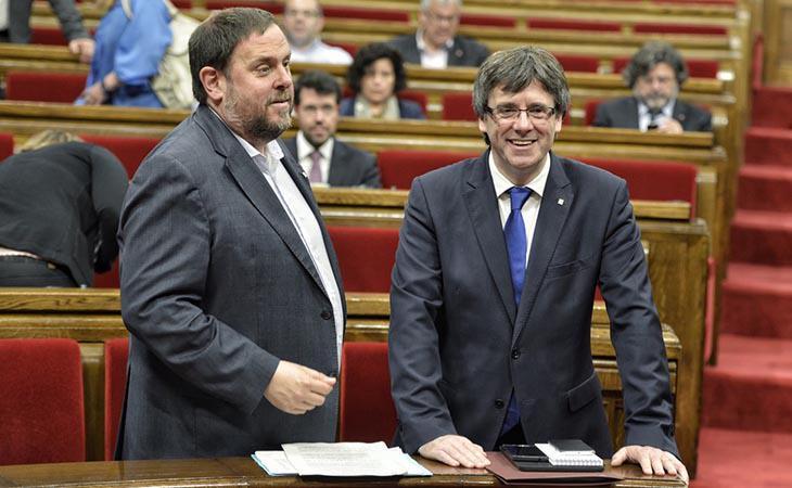 Sigue en DIRECTO la comparecencia de Puigdemont ante el Parlament en la que se podría declarar la independencia de Cataluña #10oct