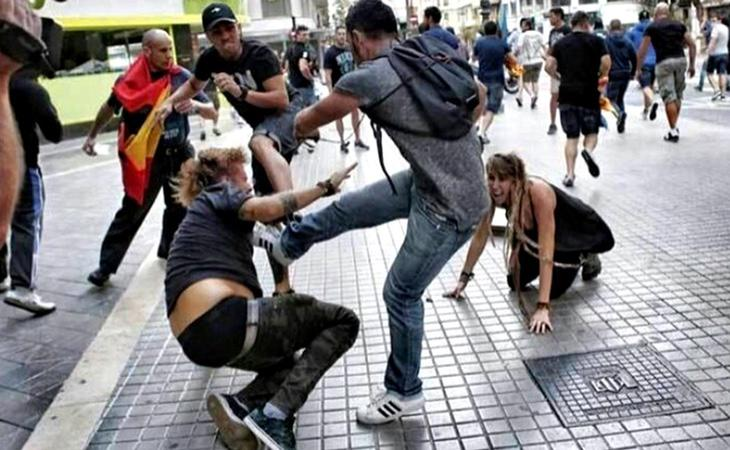 Agresiones durante la manifestación del 9 de octubre en Valencia