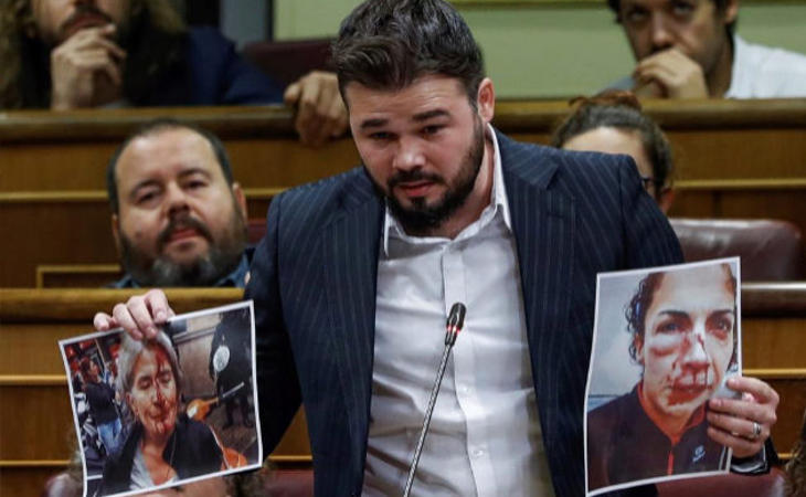Rufián llama 'salvajes' a los policías y guardias civiles que el Gobierno envió el 1-O para 'apalear' a los catalanes