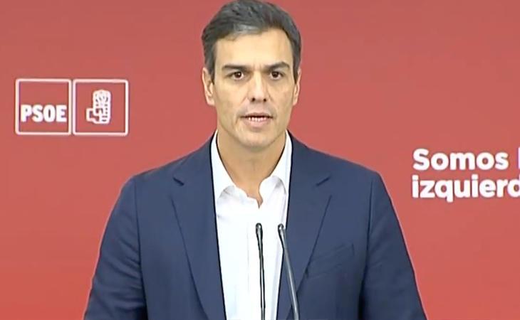 Pedro Sánchez apoya a Rajoy: 'Compartimos que es necesario aclarar qué dijo exactamente el presidente Puigdemont'