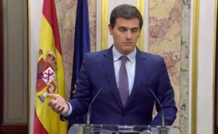 Albert Rivera pide elecciones en Cataluña: 'Hay futuro, pero pasa por cambiar al conductor suicida'