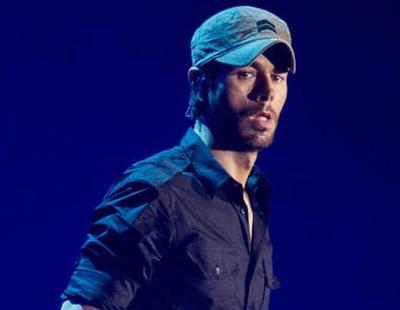 Cantabria pagó 115.000 euros a Enrique Iglesias por 8 mensajes en RRSS sobre su concierto