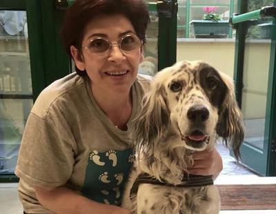 Una mujer logra que le den una baja laboral para cuidar de su perro enfermo