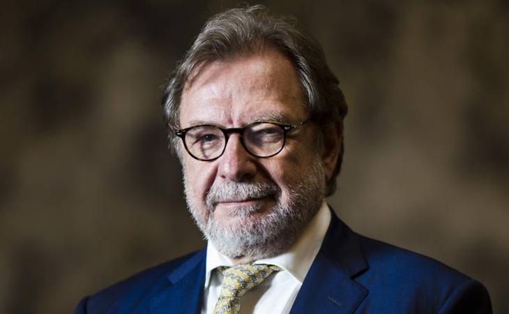 Juan Luis Cebrián, cercano a Soraya, continuará dirigiendo la línea editorial de El País
