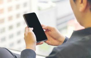 Apaleado salvajemente un hombre en Valencia por no comprar un móvil a 20 euros