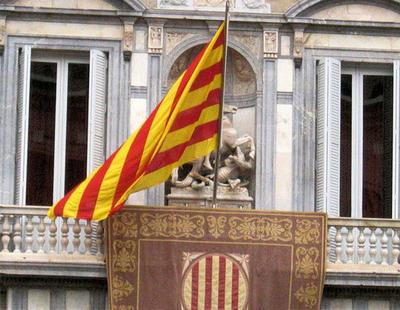 El plan de la Generalitat: manipular medios y catalogar a los ciudadanos por su ideología