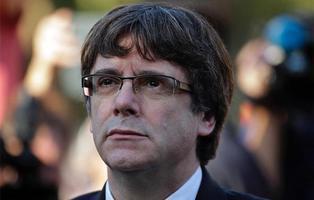 Puigdemont responde a Rajoy sin aclarar si declaró la independencia o no