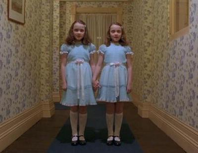 ¿Recuerdas a las terroríficas gemelas de 'El Resplandor'? Así lucen 37 años después