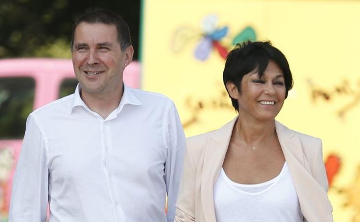 La portavoz de EH Bildu, Maddalen Iriarte, junto a Arnaldo Otegi