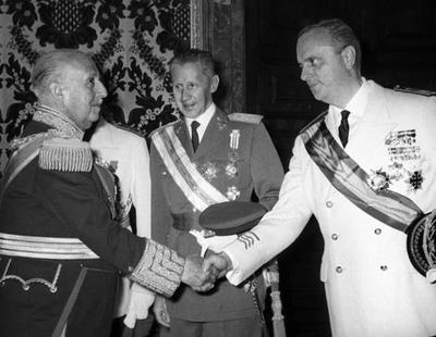 La época en la que el Partido Popular no renegaba de sus orígenes franquistas
