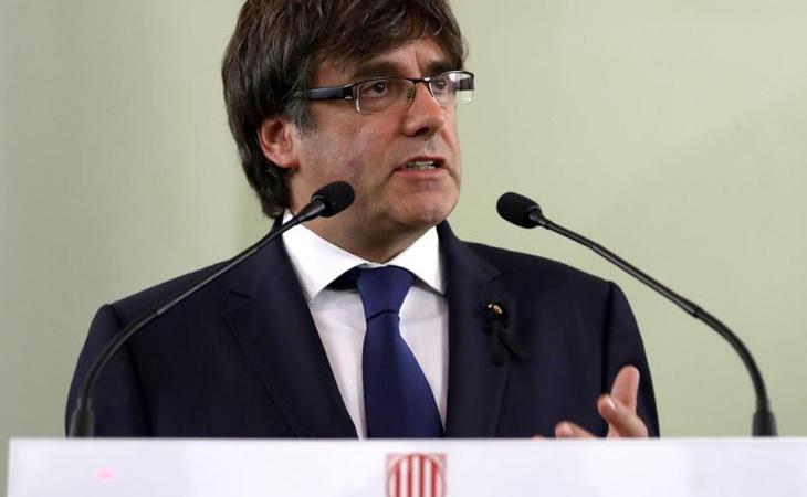 Gobierno y PSOE creen que la mejor solución al conflicto es que el propio Puigdemont convoque elecciones