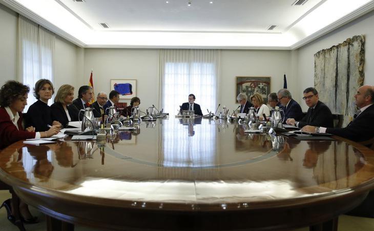 El Consejo de Ministros tuvo un gran debate para aprobar el 155 en Cataluña