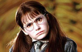 ¿Recuerdas a Myrtle La llorona de 'Harry Potter'? Su espectacular cambio 15 años después