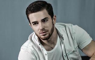 """El cantante ruso Zelimkhan Bakev, torturado y asesinado por """"sospecha de homosexualidad"""""""