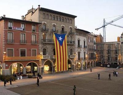 Los ayuntamientos catalanes comienzan a declarar la independencia para presionar al Govern