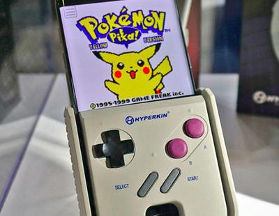 Este accesorio permite convertir tu smartphone en una GameBoy