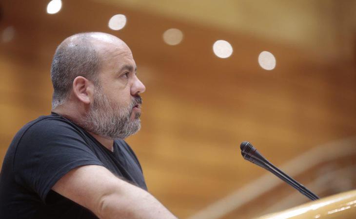 Óscar Guardingo denuncia que Rajoy y Puigdemont están rompiendo España