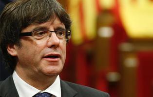 Cataluña declara la independencia