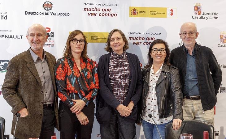 Javier Angulo (SEMINCI), Jara Yáñez  (Caimán Cuadernos de Cine), Cristina Andreu (CIMA), Concha Gómez (Universidad  Carlos III) y Carlos Heredero (Caimán Cuadernos de Cine) en el Foro Mujeres en  el Cine Español