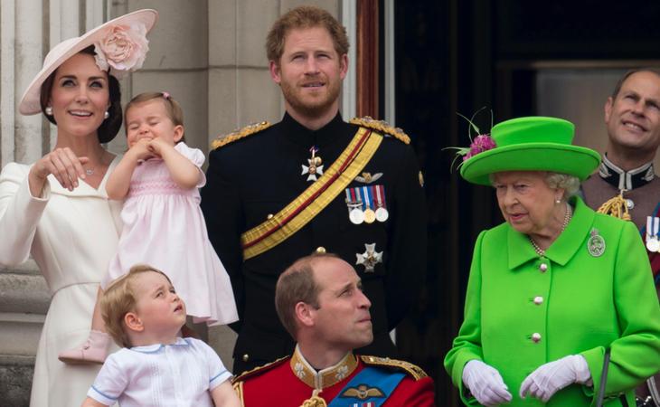 La Reina Isabel II y el príncipe Enrique de Gales también han sido amenazados por el Daesh