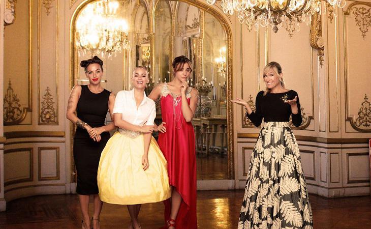 Luján y las participantes de 'Un príncipe para 3 princesas'